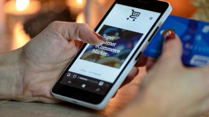 Como usar seu celular como um cartão bancário?