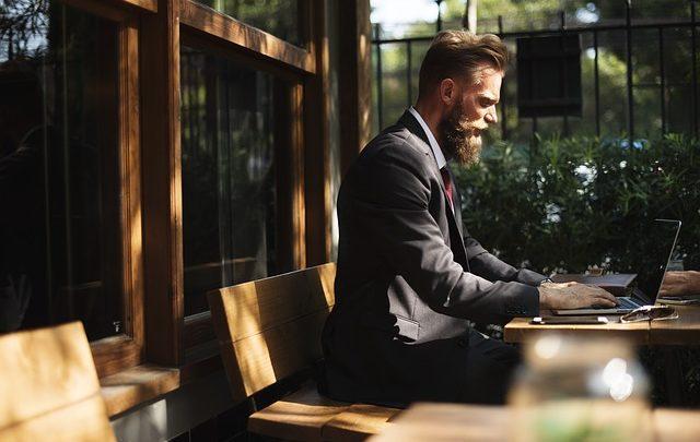 7 Dicas indispensáveis para controlar as finanças da sua barbearia
