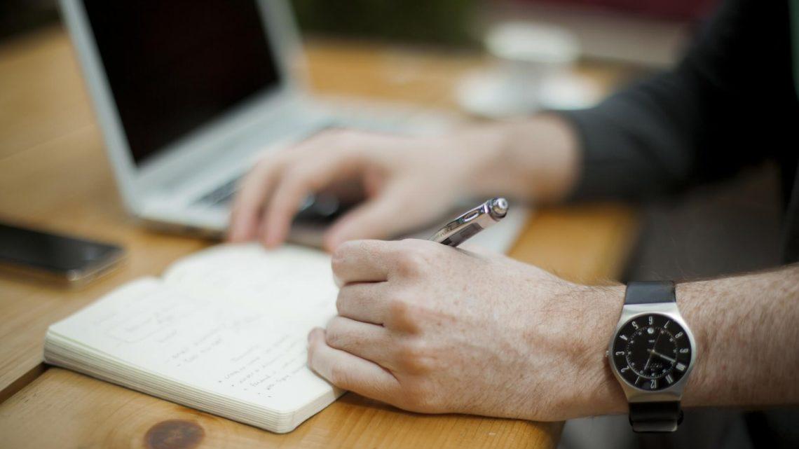 Como conseguir emprego pela internet: monte sua estratégia