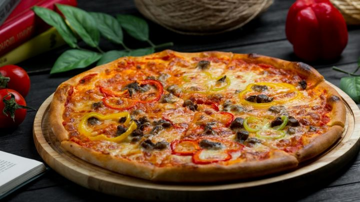 Receita de massa de pizza integral fácil